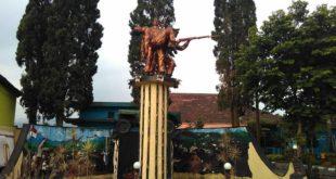 Monumen Status Quo