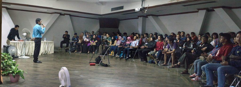 "Suasana dan Antusiasme peserta Pemutaran dan Diskusi Film ""Archief van Tranen"""